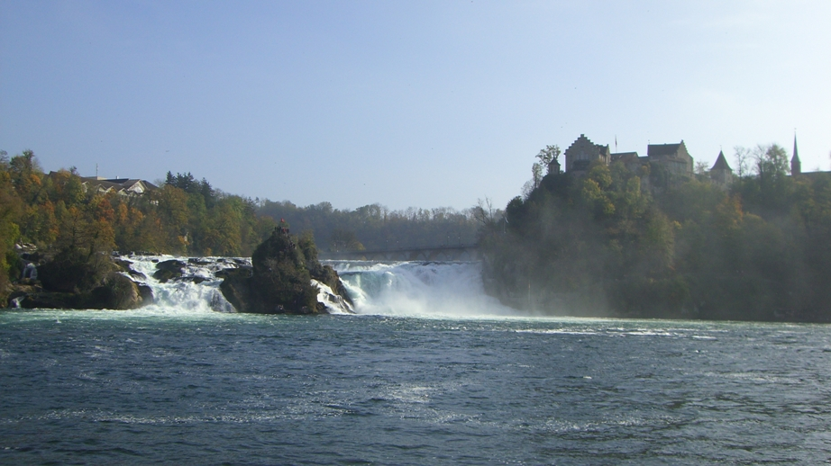 Watervallen Van Schaffhausen Zwitserland.Zwarte Woud Schaffhausen